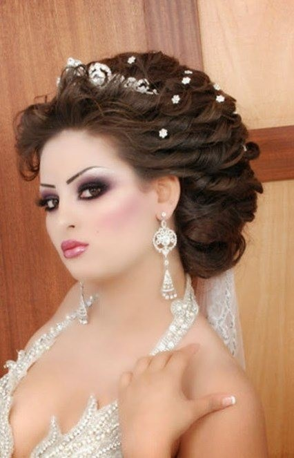 coiffure mariage arabe. Black Bedroom Furniture Sets. Home Design Ideas
