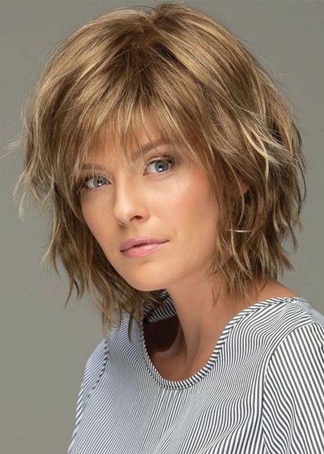 Coupe de cheveux mi long 2020 femme