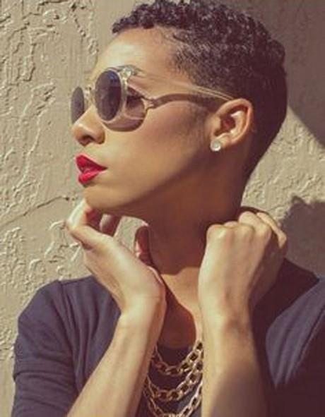 Coiffure femme noire cheveux courts - Coupe courte afro americaine ...