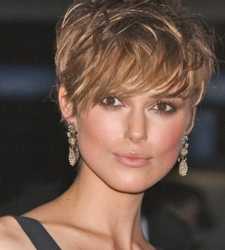 Coiffure cheveux court femme 2017 - Coupe rasee femme 2017 ...